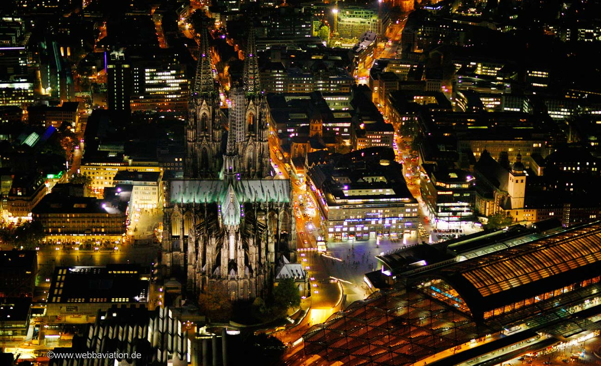 CologneCathedralNight-cb45409.jpg